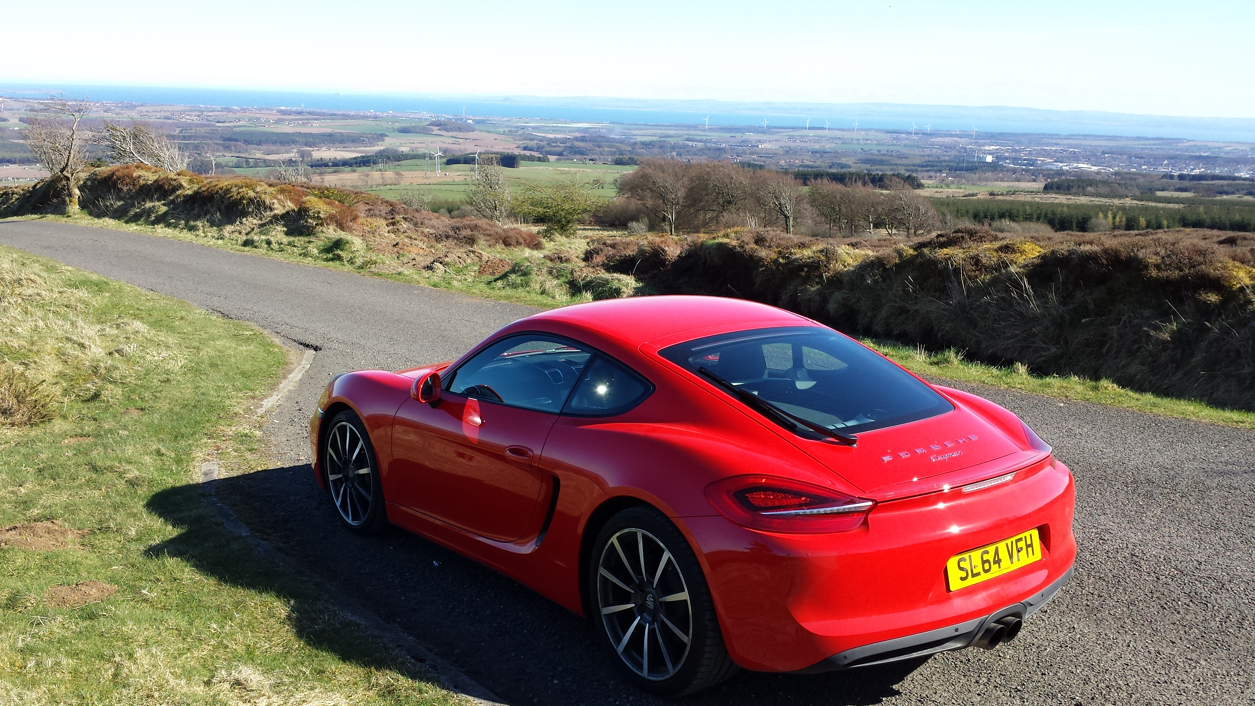 A massive thank you again must go to the guys at Porsche Edinburgh who have  been kindly lending their cars to me to help me on my way.
